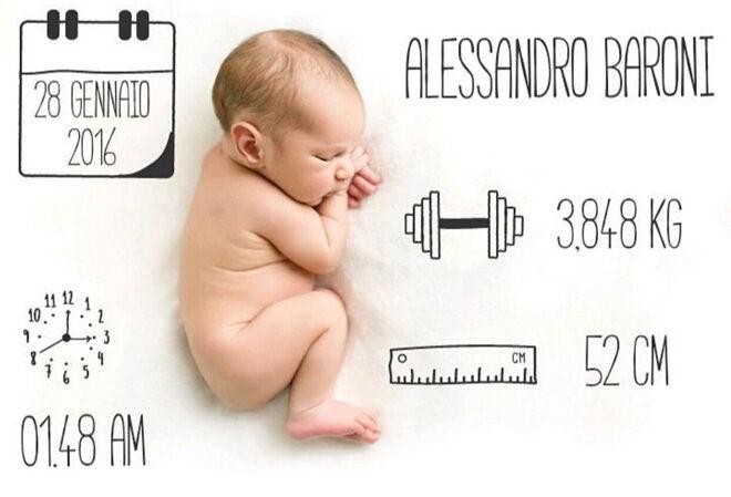 Baby birth announcement app