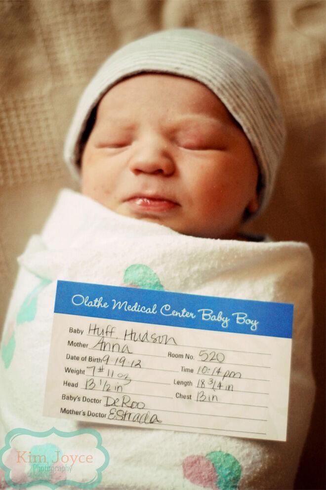 Birth announcement using birth card