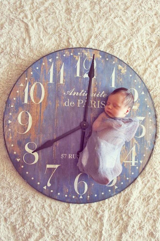 Newborn clock photography
