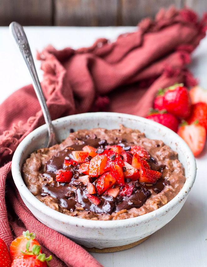 Chocolate and strawberry porridge