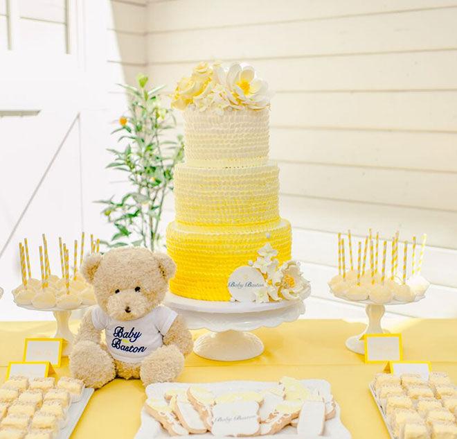 Eva Longoria baby shower cake
