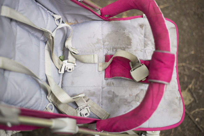 Easy! 5 steps to clean a pram | Mum's Grapevine