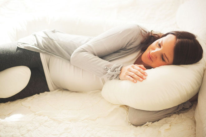 Snoggle body pregnancy pillow