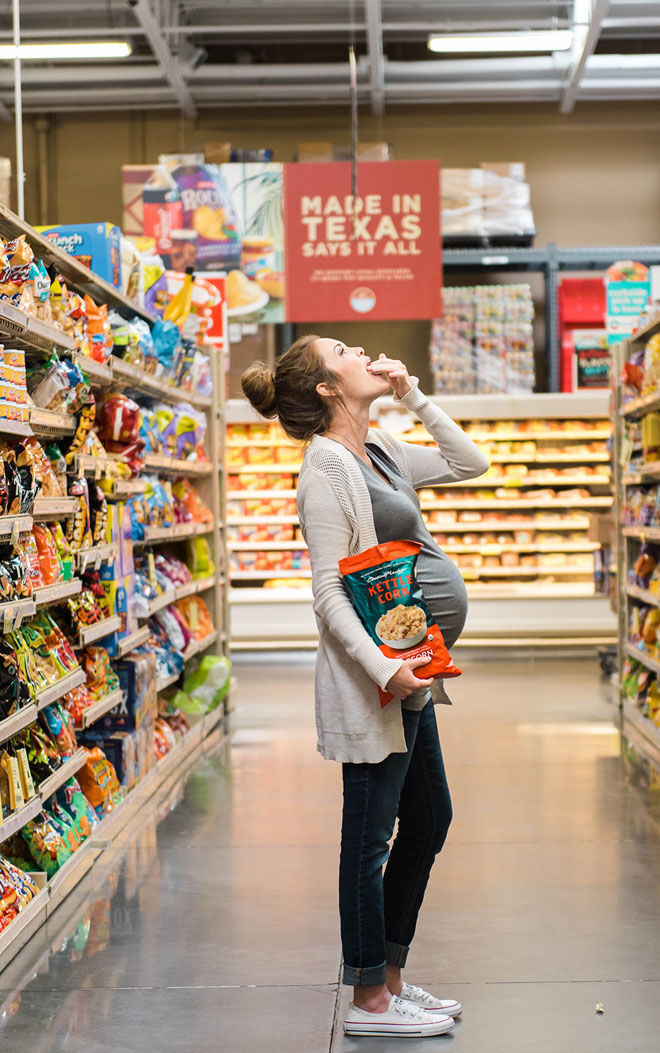 Supermarket maternity photos