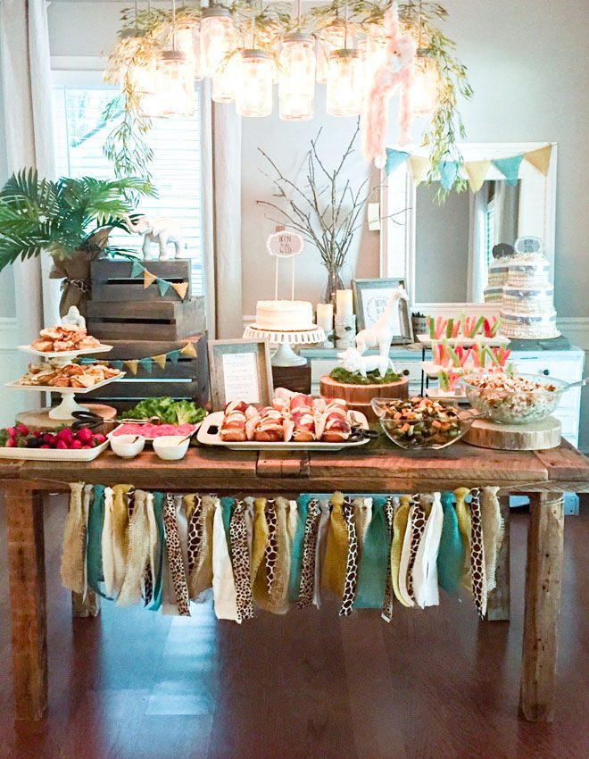 Safari baby shower table inspiration