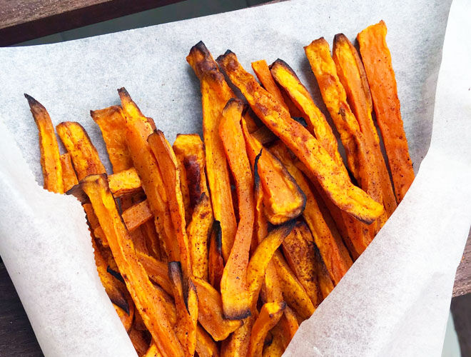 Sweet potato fries, a healthy finger food for babies
