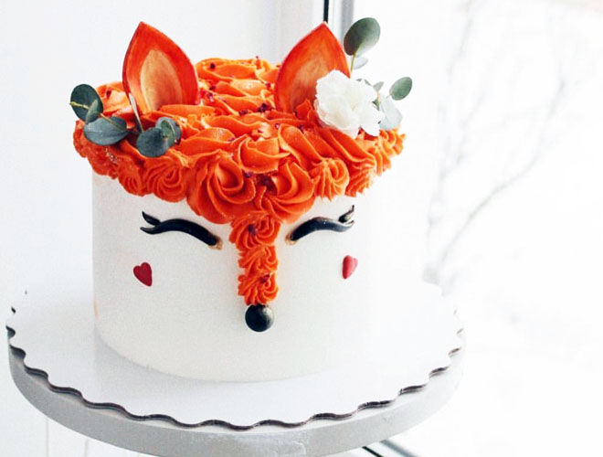 Fondant fox cake for woodland baby shower, by P Bakery