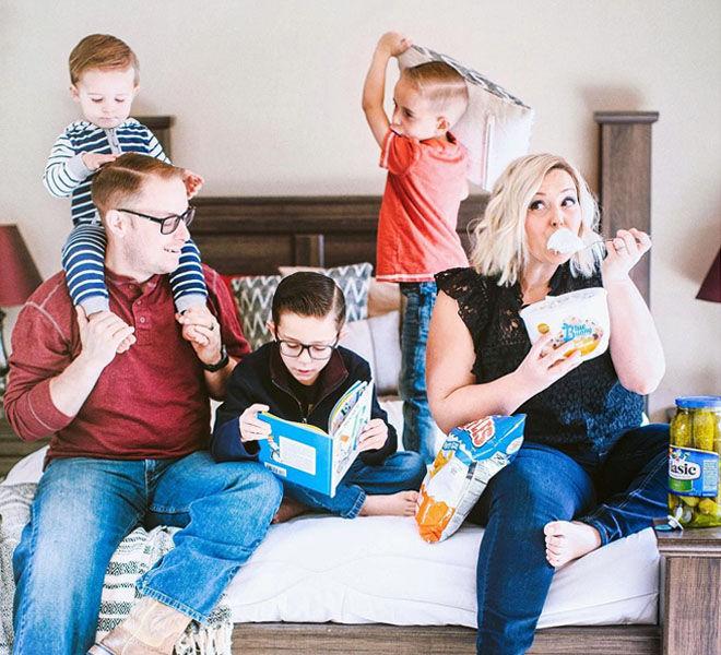 Fun family pregnancy announement