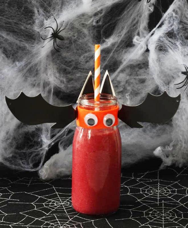 Bat blood smoothie, Halloween drink for kids