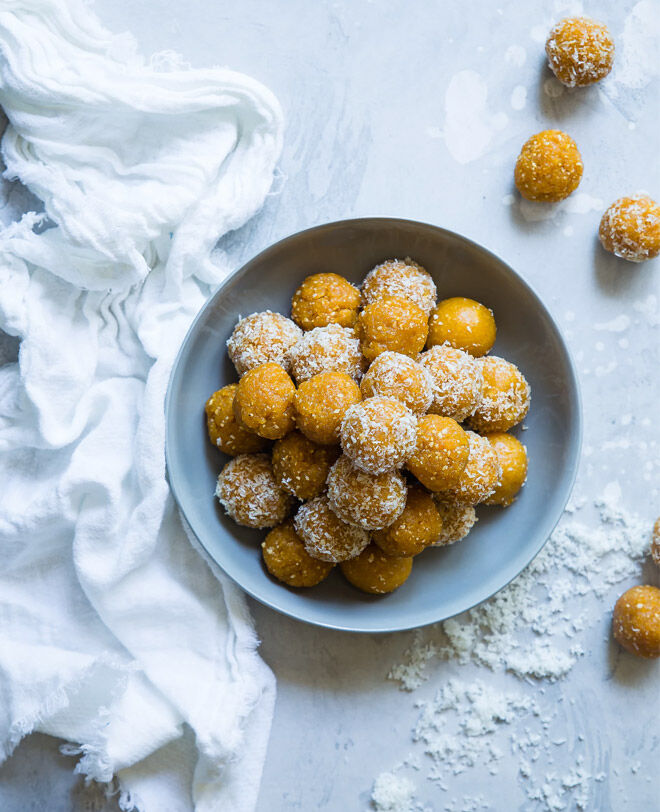 Healthy bliss balls for pregnancy