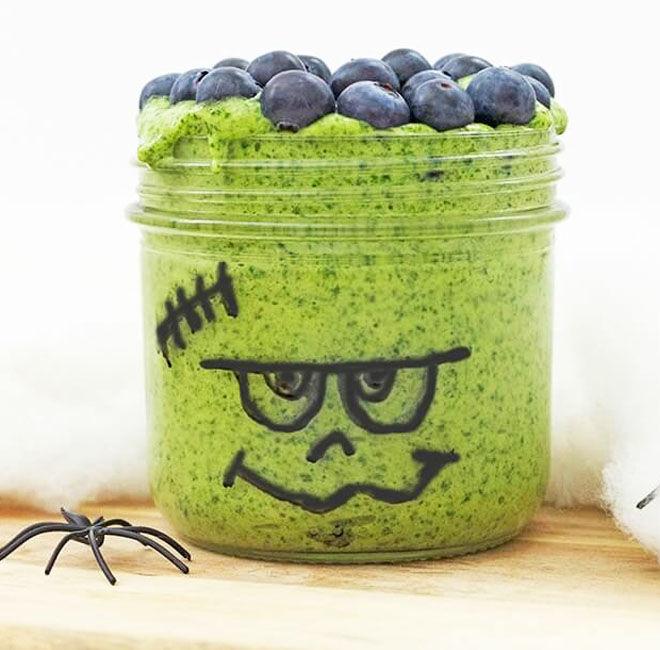 easy Frankenstein smoothie