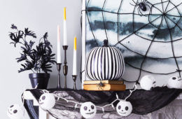 House of horrors: 15 scary Halloween decorations to DIY | Mum's Grapevine