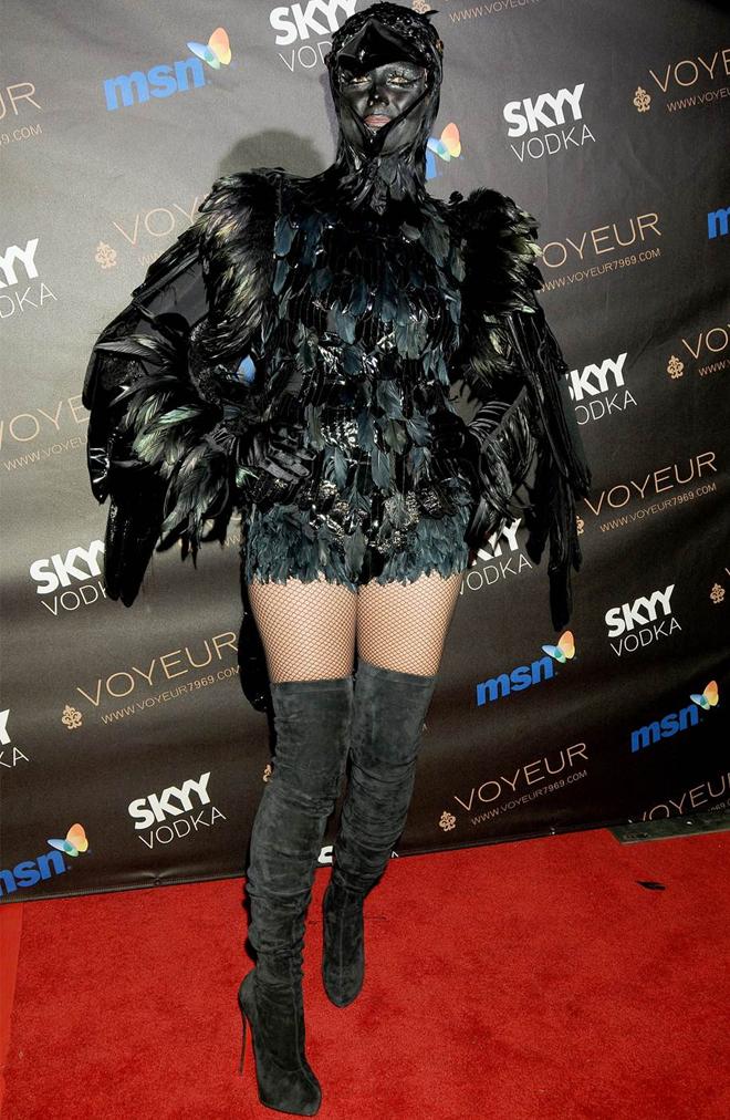 Heidi Klum crow costume