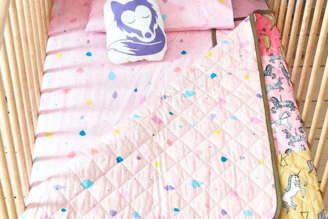 Diamond cot sheets, Little Wolff