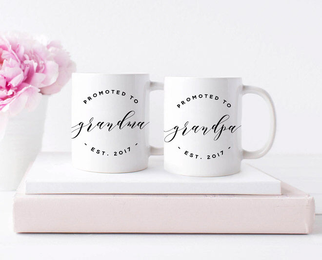 Mugs to announce pregnancy to parents