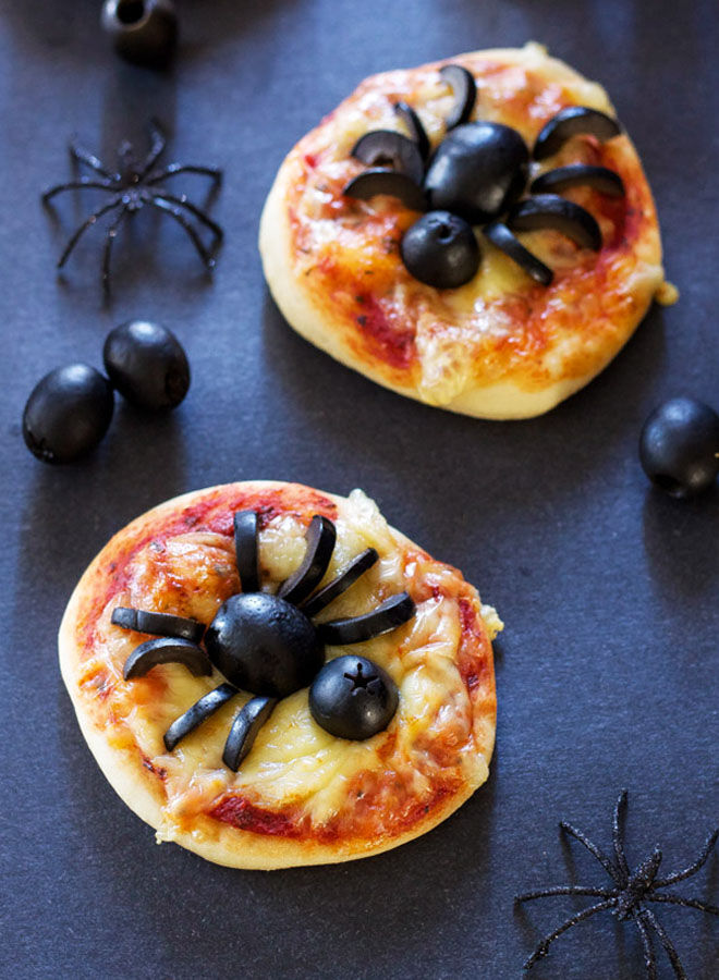 Spider pizzas with olives