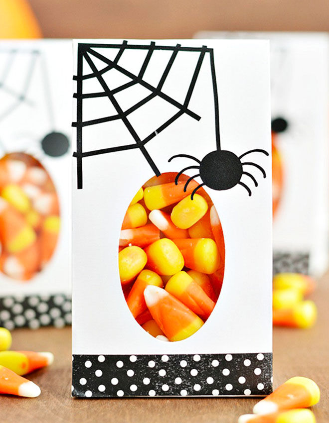 Halloween spider web lolly bags
