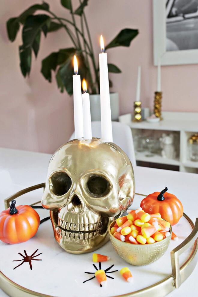 halloween decorations gold skull