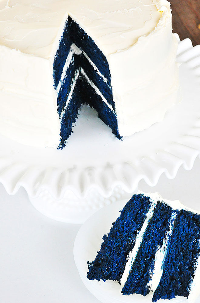 Blue velvet gender reveal cake
