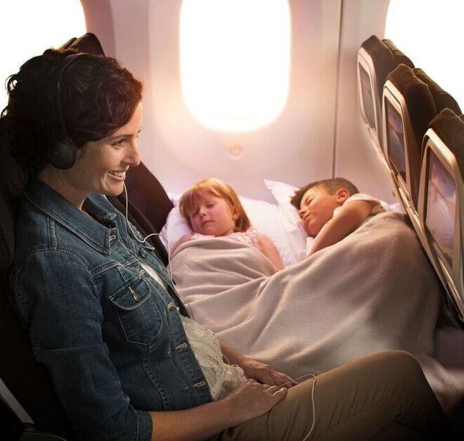 Child friendly plane seats