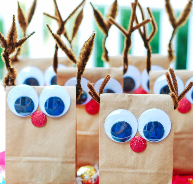 DIY Reindeer Christmas treat bags