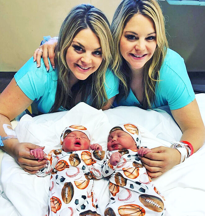 Twin sisters have babies on same day
