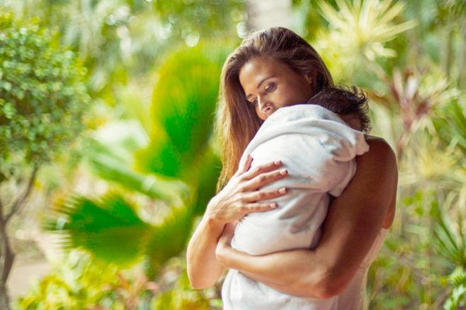 New mums urged to take mummymoons | Mum's Grapevine