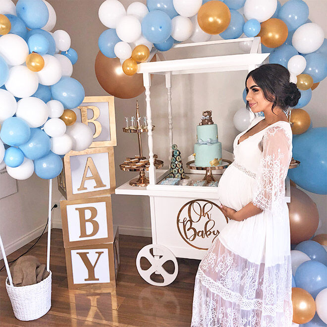 Balloon arch baby shower
