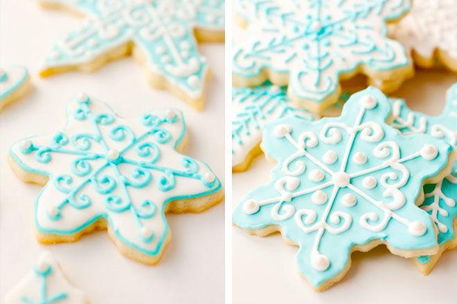 Iced snowflake Christmas cookies
