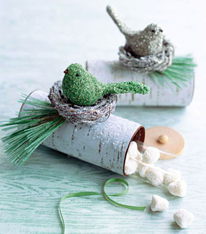 Yule log toilet roll craft