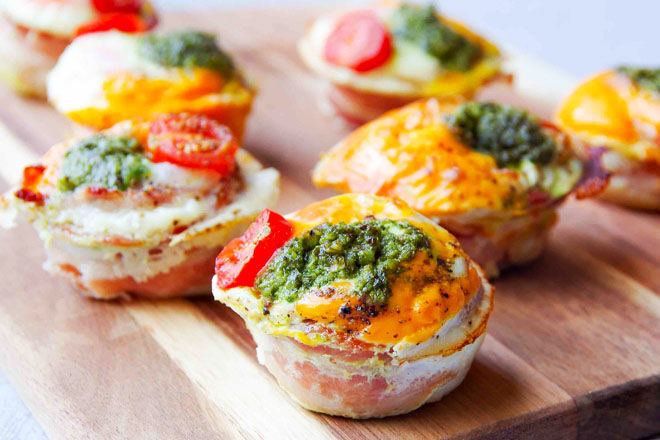 Lunch box bacon and egg cups