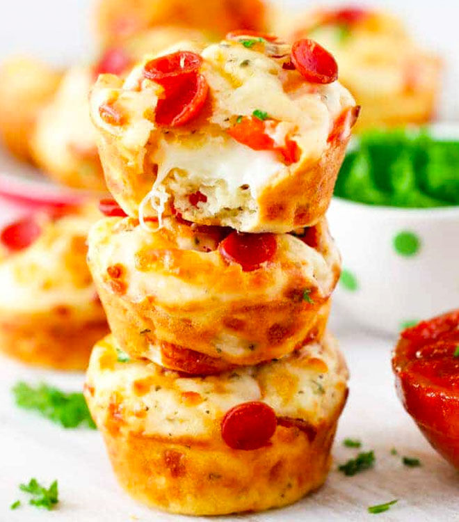 Pepperoni pizza puffs for the lunch box