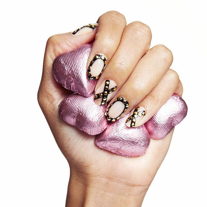 XOXO Valentine's nails
