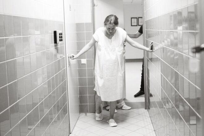 Mums in labour hospital corridor | Mum's Grapevine