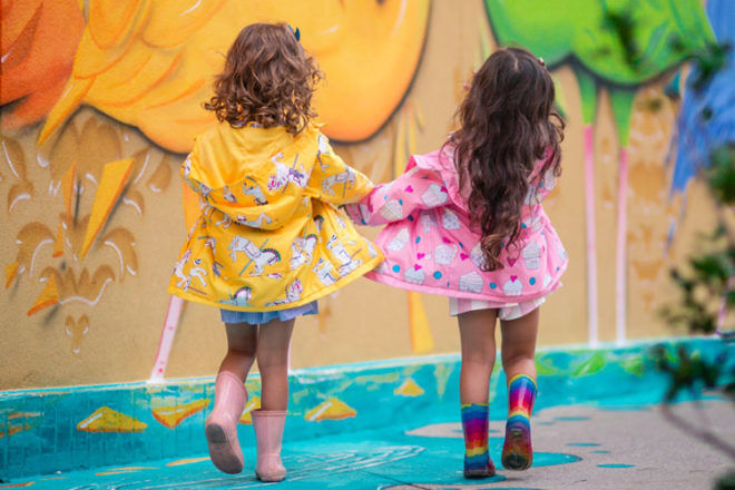 Holly & Beau colour changing rainwear technology