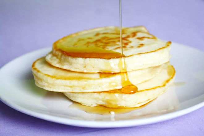 Old fashioned, American-style pancakes recipe