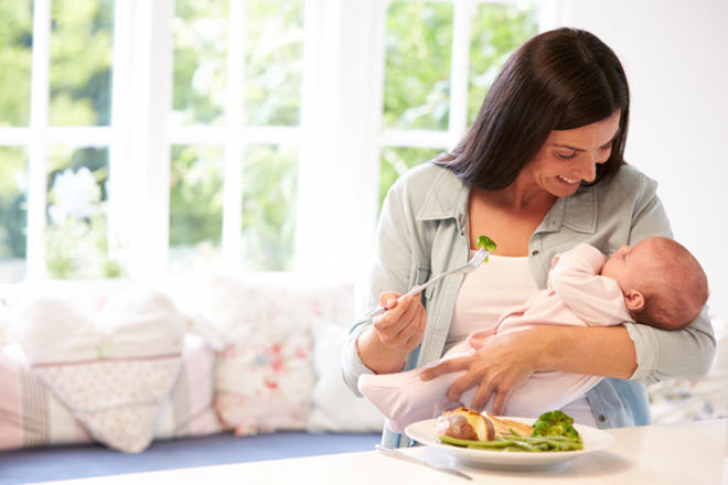 Top 5 healthy post-pregnancy snacks and meals