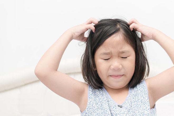 Hedrin Review: No-comb Head Lice Treatment