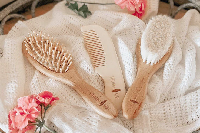 Shellamy baby brush set