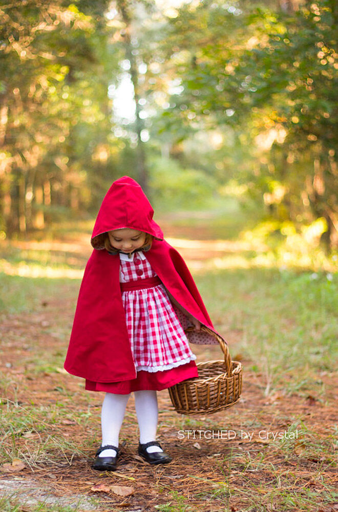 DIY Little Red Riding Hood costume, Charles Perrault