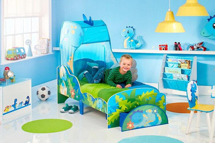 Worlds Apart dinosaur toddler bed