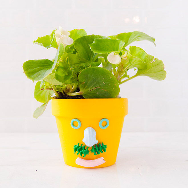Bright pasta planter, a fun homemade gift to make with the kids for Father's Day