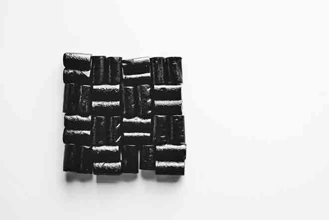 Liquorice to induce labour