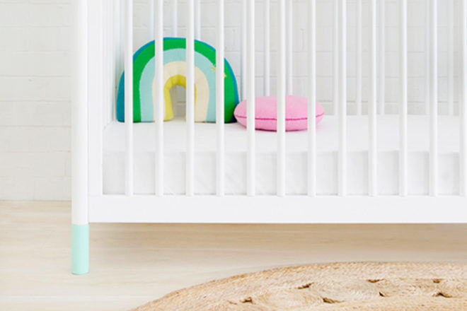 Babyletto Gelato mint feet for cot