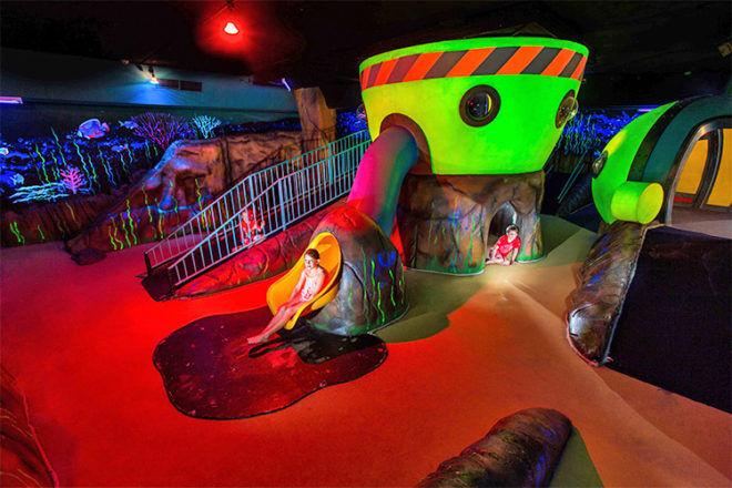Paradise Resort Kids Club underwater room