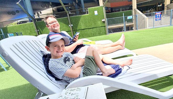 Paradise Resort poolside