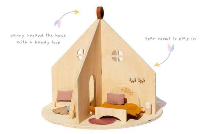 Round Dolls House, Pretty In Pine