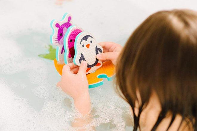 Sago Mini Boat Builder bath toy