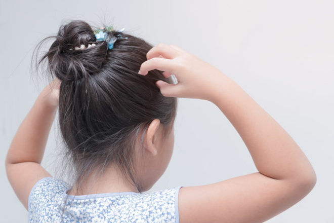 Hedrin Review: No-comb Head Lice Treatment | Mum's Grapevine
