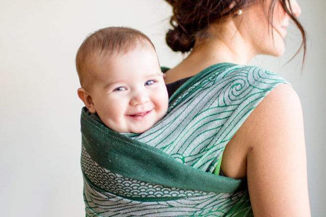 Babywearing in the second trimester